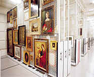 art_shelving_and_storage_racks_save_space