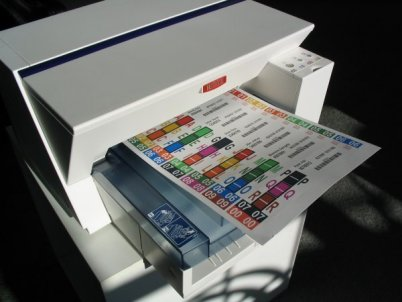 File labeling software allows you to design the label to match existing colors whether they are numeric or alphabetic filing. You are in control on exactly what you want your label to look like.